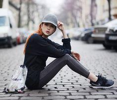 Nike Sweater, Stella Mc Cartney Hat, Junkyard Jeans, Nike Sneakers, Forever 21 Seethrough Bag