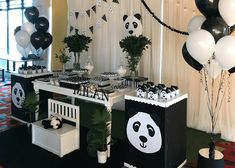 Prepare for panda cuteness, because these panda party ideas will knock your socks off! We are totally loving this new party trend! Panda Themed Party, Panda Birthday Party, Trolls Birthday Party, Panda Party, 9th Birthday Parties, Bear Party, 1st Boy Birthday, Birthday Party Decorations, Baby Shower Decorations