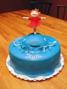 I've been asked to make a Ponyo cake for my cousin's little girl's birthday. Ponyo is such a wonderful movie, like all Ghibli Studio's, and ...