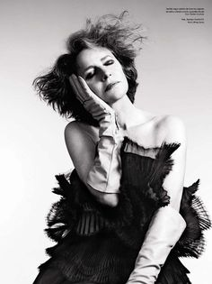 Charlotte Rampling (age wearing Bustier dress hand-pleated silk organza and leather gloves Dior Haute Couture Gloves Fashion, Charlotte Rampling, Dior Haute Couture, Look Into My Eyes, Bustier Dress, Latest Pics, Fashion Pictures, Editorial Fashion, Fashion Photography