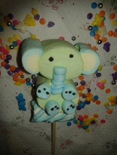 Elefante marshmallows Baby Shower Treats, Baby Shower Parties, Marshmallows, Marshmallow Treats, Ideas Para Fiestas, Baby First Birthday, Candy Store, Holiday Treats, Baby Shower Decorations