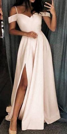 Pagent Dresses, Straps Prom Dresses, Pretty Prom Dresses, Ball Dresses, Cute Dresses, Simple Dresses, Ivory Prom Dresses, Dresses Dresses, Prom Long