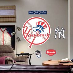 New York Yankees Team Logo Fathead Wall Sticker