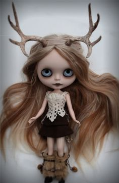 My most recent custom Blythe doll is on ebay now. Click HERE for auction. Her look was inspired by my childhood in Oregon, surrounded by nature.