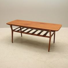 teakbord till soffan