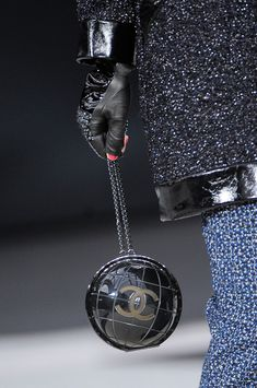 Chanel Fall 2013 - Details (Purse is a globe)
