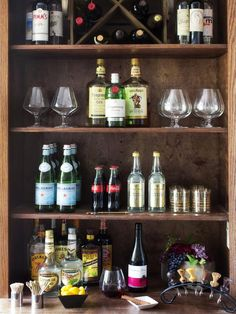 How to Host a Stock the Bar Wedding Shower >> http://www.diynetwork.com/decorating/how-to-host-a-stock-the-bar-wedding-shower/pictures/index.html?soc=pinterest