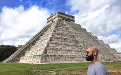 Bitte einmal recht freundlich - Roman auf den Spuren der Mayas in Mexiko © Roman Vaibar / restplatzboerse.at