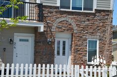 Here is a great new project using our Cobble Ledge profile. Color of choice: Shale. www.KodiakMountain.com Garage Doors, Profile, Windows, Stone, Outdoor Decor, Projects, Color, Home Decor, User Profile