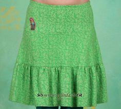 27553e9470ae Die 139 besten Bilder von Röcke   Outfits, Accessorize skirts und ...