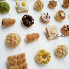 羊毛フェルト パン ブローチ メロンパン 食パン ドーナツ ハンドメイド minne