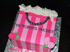 Victoria Secret Birthday Cake cakepins.com