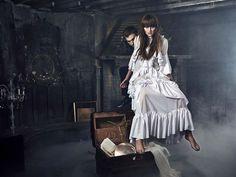 http://www.prosieben.de/tv/germanys-next-topmodel/bilder/episode-11/mystery-shooting-originale
