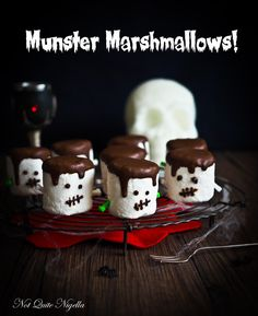 This Halloween marshmallow project is a fun activity with the kids or for your inner kid. You'll be surprised at how easy and effective this is-plus the results are delicious! Halloween Party Appetizers, Halloween Food For Party, Halloween Treats, Halloween Desserts, Halloween 2020, Spooky Halloween, Armadillo Cake, Pumpkin Rice Krispie Treats, Cookie Pops