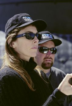 Kathryn Bigelow and director of photography Jeff Cronenweth on the set of The Widowmaker Amazing People, Good People, Female Directors, Widowmaker, On Set, Backstage, Photography, Photograph, Fotografie