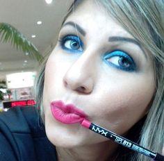 O Slim Pencil for Lips é um lápis para os lábios super macio que pode ser usado tranquilamente no lugar do batom. Na foto, o Beauty Team da NYX Cuiabá escolheu a cor Plush Red