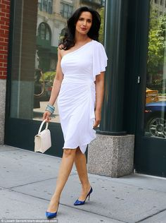 Padma Lakshmi showcased her phenomenal figure in a one-shoulder dress as she headed to her Haute Living cover release party in New York City on Wednesday Amazing Women, Beautiful Women, Padma Lakshmi, Celebrity Women, Female Stars, Some Girls, Girl Model, All Fashion, Indian Beauty