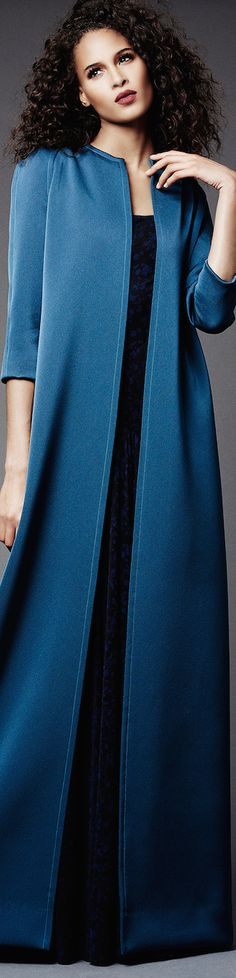 Zac Posen Pre-Fall 2015 is another beautiful example of Zac Posen's creative work. The collection ranges with beautiful merlot's, apricot's,. Pakistani Wedding Dresses, Pakistani Outfits, Indian Dresses, Pakistani Clothing, Wedding Hijab, Fall Fashion 2016, Blue Fashion, Runway Fashion, Women's Fashion