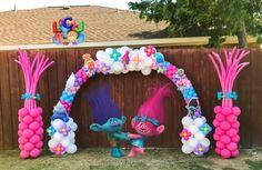 Trolls Birthday Party, Troll Party, 4th Birthday Parties, Birthday Balloons, 2nd Birthday, Minion Birthday, Birthday Ideas, Happy Birthday, Fete Emma