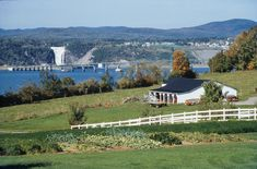 Ile d'Orleans - Quebec Visited in My descendants first came to the island from France from a region called Mont Morency and our name soon became abbreviated to Morency. Wonderful Places, Great Places, Places To See, Montreal Quebec, Quebec City, Lac Saint Jean, Charlevoix, Discover Canada, Voyager Loin