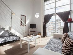 Harbour Terrace 31 - Harbour Terrace is a secure complex that is centrally situated in the heart of Cape Town, in De Waterkant. This trendy area with accentuated, colourful original houses, together with cobble-stoned and . Furniture, House, Home, Bed And Breakfast, Loft Bed, Guest House, Convention Centre, Bed, Areas