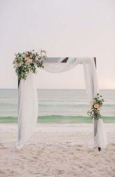 Simple beach wedding decor wedding arch 20 Charming Beach Wedding Arches You'll Love Simple Beach Wedding, Dream Wedding, Trendy Wedding, Beach Wedding Arches, Elegant Wedding, Wedding Church, Romantic Weddings, Spring Wedding, Vintage Weddings