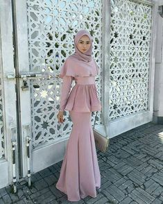 New Fashion Outfits Moda Juvenil 69 Ideas Hijab Prom Dress, Hijab Gown, Muslimah Wedding Dress, Hijab Evening Dress, Muslim Wedding Dresses, Eid Dresses, Muslim Dress, Dress Muslim Modern, Dress Muslimah