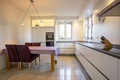 Keuken in Twello #maatwerk #keuken #wit #modern #design #kitchen #tailormade #white