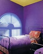 Purple is a very stunning colour. People who love purple may have that personality. In this article, I will show you the ideas for this stunning purple bedroom. Purple Bedroom Design, Purple Bedrooms, Master Bedroom Design, Modern Bedroom, Teenage Girl Bedroom Decor, Girl Decor, Bedroom Themes, Diy Bedroom Decor, Girls Bedroom