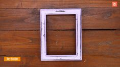 5 Cool Ways To Upcycle Picture Frames - Upcycling and repurposing objects is fun and usually very satisfying. A lot of things can be repurp - Unique Picture Frames, Picture Frame Crafts, Picture Frame Decorating Ideas, Marco Diy, Repurposed Items, Diy Upcycled Decor, Dollar Tree Decor, Diy Projects, Photos