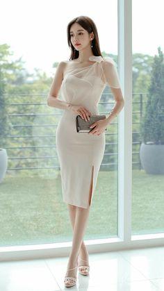 Korean Fashion Dress, Ulzzang Fashion, Asian Fashion, Look Fashion, Fashion Dresses, Womens Fashion, Casual Party Dresses, Casual Dresses For Women, Short Dresses