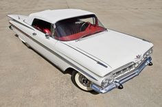 Cat's-eye Impala sells for $110,000 in no-reserve, all-American auction