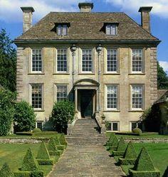Nether Lypiatt Manor in Thrapp - Gloucestershire, England