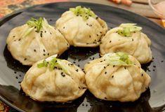 Čínské masové knedlíčky SHENG JIAN BAO - Ochutnejte svět Steamed Chicken, Dim Sum, Cilantro, Muffin, Cookies, Breakfast, Desserts, Asia, Fine Dining