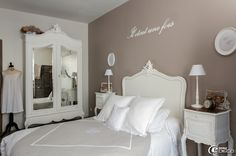 Nice Deco Chambre Campagne Chic that you must know, You?re in good company if you?re looking for Deco Chambre Campagne Chic Decor, Furniture, Shabby Chic, Family House, Shabby, Deco, Home Decor, Bedroom Furniture, Bed