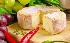 Homemade French cheese: tasty, easy and cheap - Cooking Brussel Sprouts, How To Cook Meatloaf, Cooking Whole Chicken, French Cheese, Thai Dessert, How To Make Cheese, Saveur, Culinary Arts, Cake Recipes