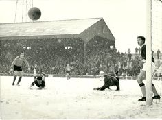 Hull City 6 Workington 0 in Jan 1966 at Boothferry Park. The ball goes wide for a Hull corner in the Division 3 clash played in the snow. Bill Shankly, Hull City, Liverpool Fc, Division, 1960s, Corner, Football, Snow, Park