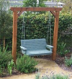 The 2 Minute Gardener is a great source for garden ideas with over 600 photos and tips. Here is a cedar garden swing. I love the blue swing! Backyard Projects, Outdoor Projects, Garden Projects, Outdoor Decor, Outdoor Bench Swing, Porch Swing Frame, Arbor Swing, Outdoor Swings, Pergola Swing