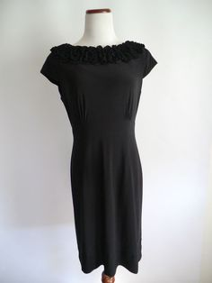 TAYLOR BLACK RUFFLED APPLIQUE COCKTAIL/PARTY DRESS USA Size 6 GREAT CONDITIONS  #Taylor #Sheath #Cocktail
