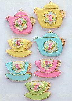 Teaset cookies...these little teapot cookies look beautiful!