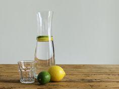 Verpackung vermeiden im Supermarkt: Weg von Plastikwasser | Utopia.de