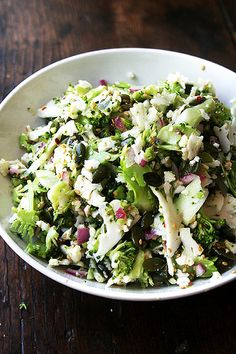 how to please everyone at the bbq this summer: broccoli, cauliflower & pepita salad — raw, vegan, gluten- and nut-free, also delicious