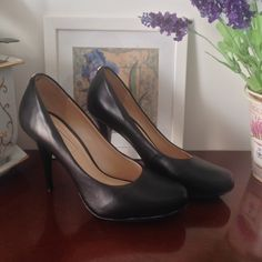 Dressbe | Scarpin Jorge Bischoff #shoes #sapatos #moda #jorgebischoff #fashion