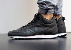 Nike Internationalist Mid Reflective Black (4)