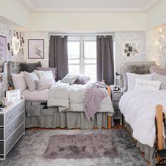 Dorm Room Designs, Room Design Bedroom, Bedroom Layouts, Room Ideas Bedroom, Small Room Bedroom, Small Bedroom Ideas For Girls, Dorm Room Themes, Pink Dorm Rooms, Purple Bedroom Decor