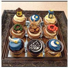 Cupcake designed for Eid.