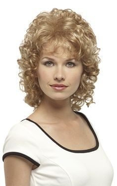 Fancifree Mid Length Curly Hairstyles, Short Permed Hair, Chic Short Hair, Short Curly Haircuts, Curly Hair With Bangs, Curly Hair Cuts, Curly Bob Hairstyles, Long Curly Hair, Short Hair Cuts