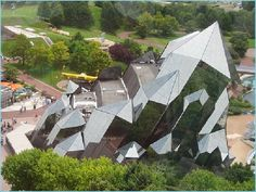 Fun, Entertainment, Life Style, Informative and Technology: Glass Architecture - Futuruscope Poitiers, France