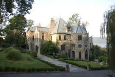 Greystone Court: New York Film & Photo Location - New York Film & Photo Location