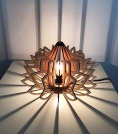 Small Lotus Lamp par brainedition sur Etsy